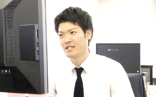 Webディレクター 鈴木 純平